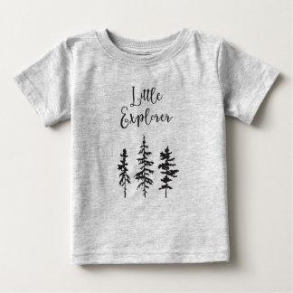 Kleiner Forscher, Waldbaum-Baby-Shirt Baby T-shirt