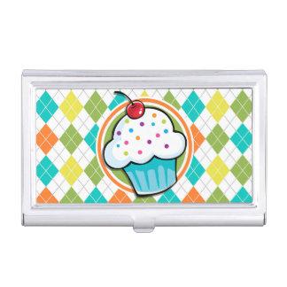 Kleiner Kuchen auf buntem Rauten-Muster Visitenkarten Etui
