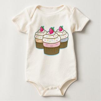 kleiner Kuchen Baby Strampler