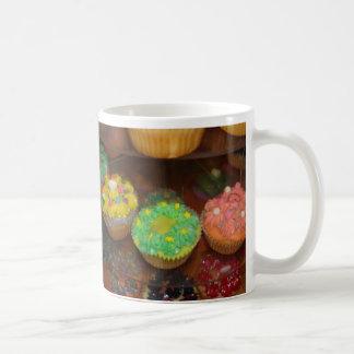 Kleiner Kuchen Kaffeetasse