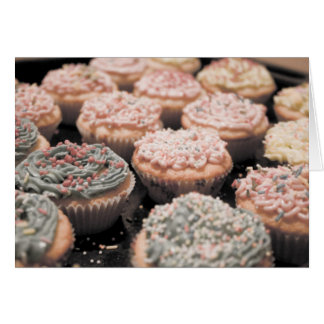 Kleiner Kuchen reichlich Grußkarte