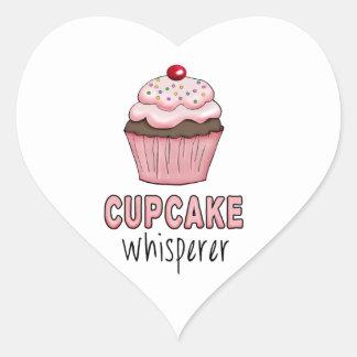 Kleiner KuchenWhisperer Herz-Aufkleber
