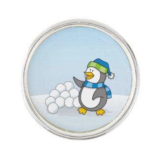 Kleiner Pinguin mit dem Schneeballwellenartig Anstecknadel