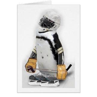Kleiner Pinguin-tragender Hockey-Gang Karte