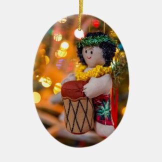 Kleiner Schlagzeuger-Jungen-ovale Keramik Ornament