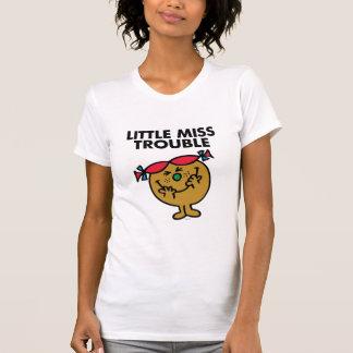 Kleines Fräulein Trouble lachendes | T-Shirt
