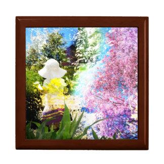Kleines Mädchen-Natur-Collagen-Rosa-Blumen-blaues Schmuckschachtel