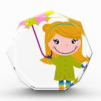 Kleines niedliches regnerisches Mädchen. Acryl Auszeichnung