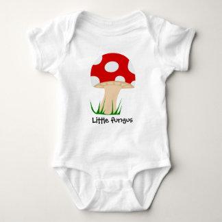 Kleines pilzartiges humorvolles Kinderkleid Baby Strampler