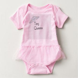 Kleines Queens-Ballettröckchen Baby Strampler
