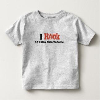 """Kleinkind-T-Shirt """"ich schaukele ein Kleinkind T-shirt"""
