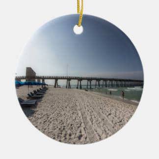 Klubsessel am Panama-Stadt Strand-Pier Rundes Keramik Ornament