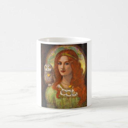 Kluge eine keltische Eule und Dame Kaffeetasse