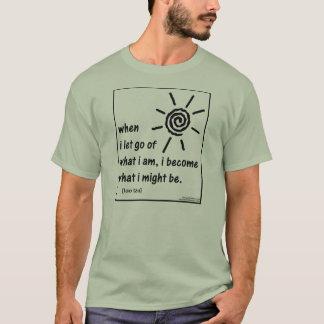 Klugheit von Lao Tzu Zitaten (Nr. 7) T-Shirt