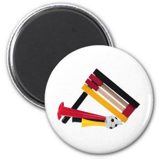 Knarre und Tute Runder Magnet 5,7 Cm