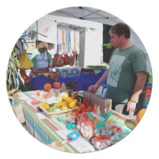 Knoblauch-Festival-Verkäufer 2 Teller