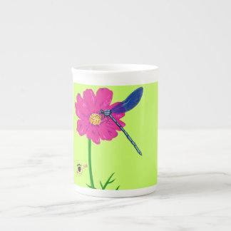 Knochen-China-Tasse mit Libelle Porzellantasse