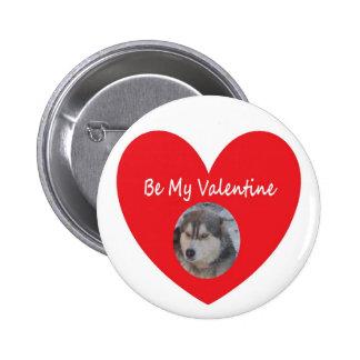 Knöpfen Sie heiseres rotes Herz ist mein Valentins Anstecknadelbutton