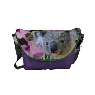 Koala und Orchideen Kuriertasche