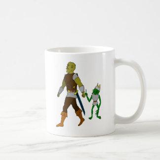 Kobold und Orc (schwarzer oder weißer Hintergrund) Kaffeetasse