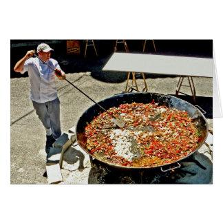 Kochen einer riesigen Paella Karte