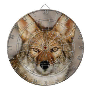 Kojote herauf nahes dartscheibe