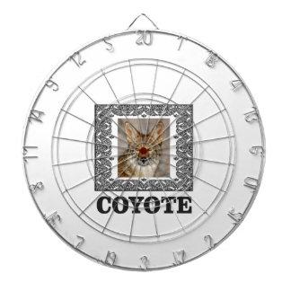 Kojote in einem Kasten Dartscheibe