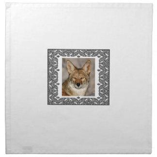 Kojote in einem Rahmen Stoffserviette