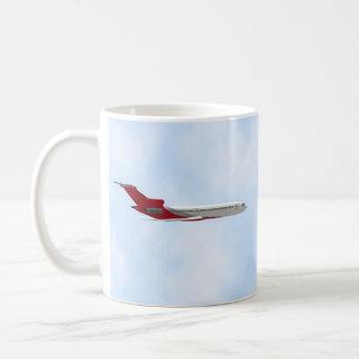 Kommerzielles Jet-Flugzeug: Modell 3D: Kaffeetasse