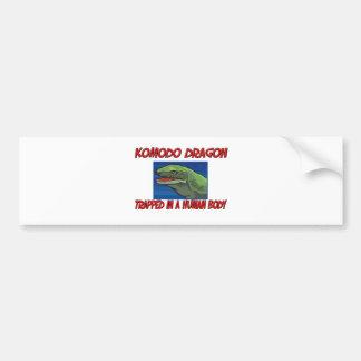 Komodo Drache eingeschlossen in einem menschlichen Autoaufkleber