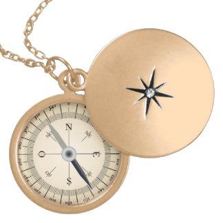 Kompass-Entwurf Medaillon
