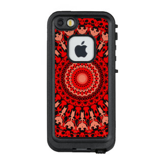 Komplexes Rotwein-Liebe-Farbrad LifeProof FRÄ' iPhone SE/5/5s Hülle