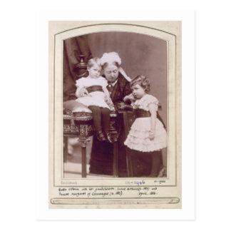 Königin Victoria (1819-1901) mit ihren Postkarte