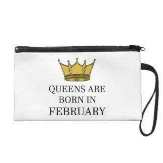 Königinnen sind im Februar geboren Wristlet Handtasche