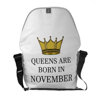 Königinnen sind im November geboren Kuriertasche