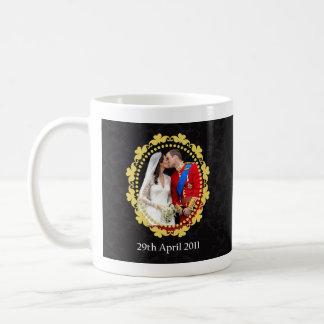 Königlicher Hochzeits-Kuss Williams und Kate Kaffeetasse