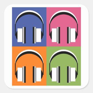 Kopfhörer in den hellen Farben Quadratischer Aufkleber