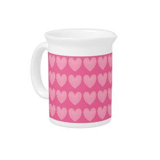 Korallenrote rosa Herzen, tieferer rosa Krug
