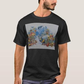 Korallenrote und tropische Fische T-Shirt