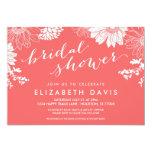 Korallenrotes modernes BlumenBrautparty Einladungskarte