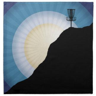 Korb auf einem Berg Serviette