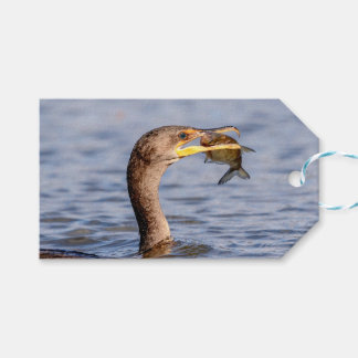 Kormoran mit einem Fisch Geschenkanhänger