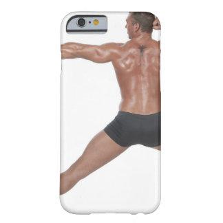 Körper-Erbauer in der Laufleine-Pose Barely There iPhone 6 Hülle