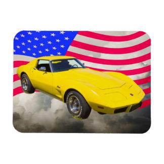 KorvetteStingray 1975 mit amerikanischer Flagge Magnet