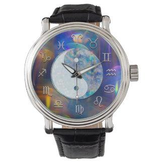 Kosmische Astrologie-Aura Yin Yang Uhr