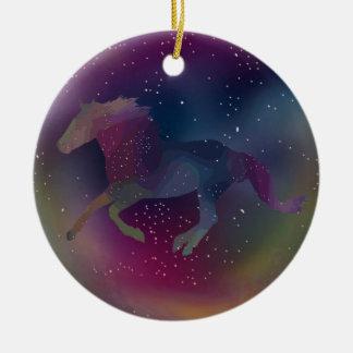 Kosmischer Regenbogen-Mustang Keramik Ornament