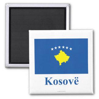 Kosovo-Flagge mit Namen auf Albaner Quadratischer Magnet