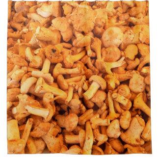 Köstliche gelbe Pilze Duschvorhang