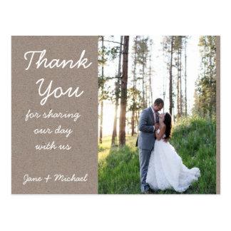 Kraftpapier-Hochzeit danken Ihnen Postkarte