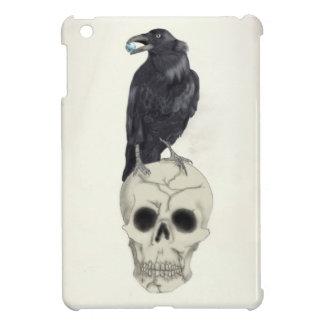 Krähe gehockt auf Schädel iPad Mini Hülle
